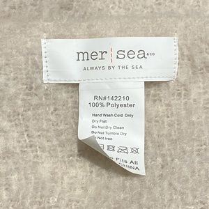 mer-sea Accessories - NWOT Blush Mer-Sea Fuzzy Scarf